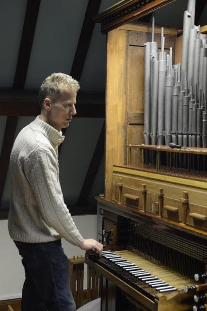 organ9